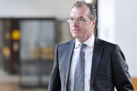 Spekulationen um Schalke AG nach WESTFALEN-BLATT-Interview : Tönnies rudert zurück