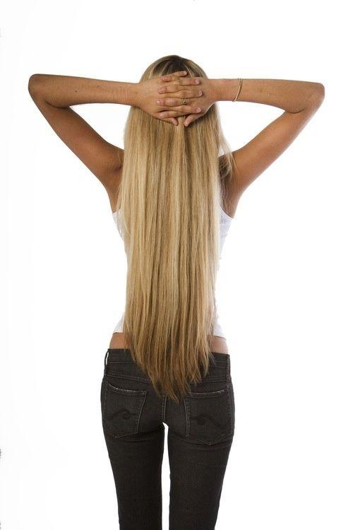 Woooaaahh how do u even get hair that long??