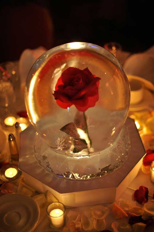 Wedding table centerpiece ice sculpture globe with red
