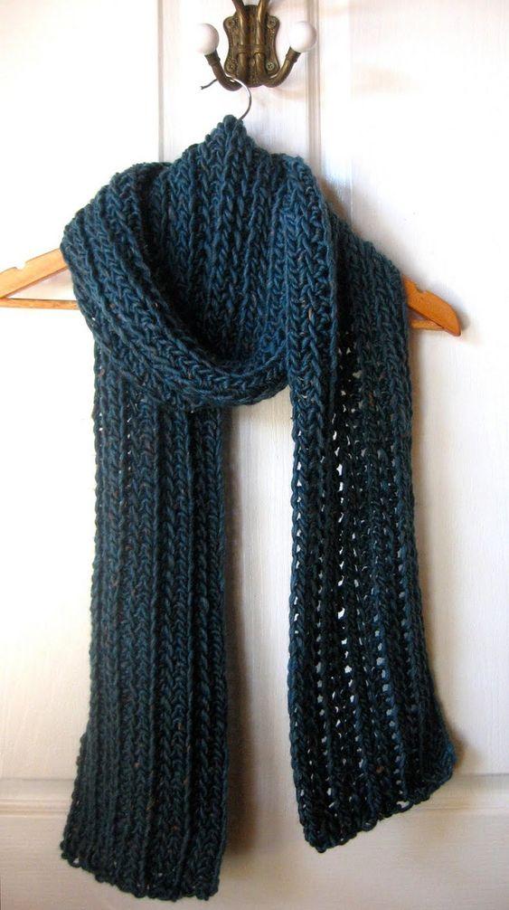 Top 10 DIY Warm and Cozy Crochet Scarfs | El tiempo, Ganchillo y ...