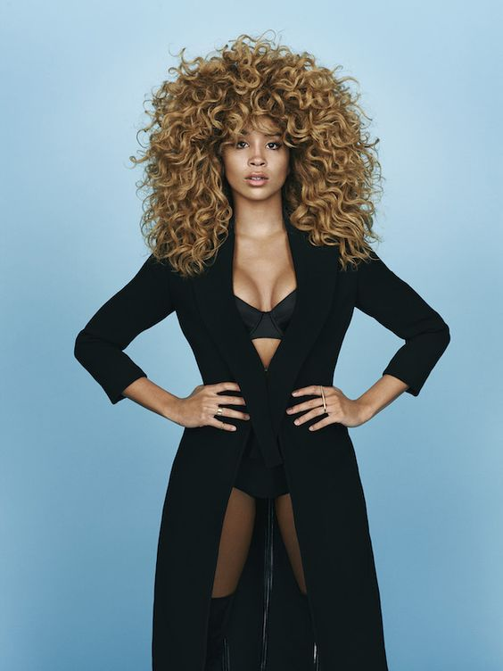Family Swank: LION BABE