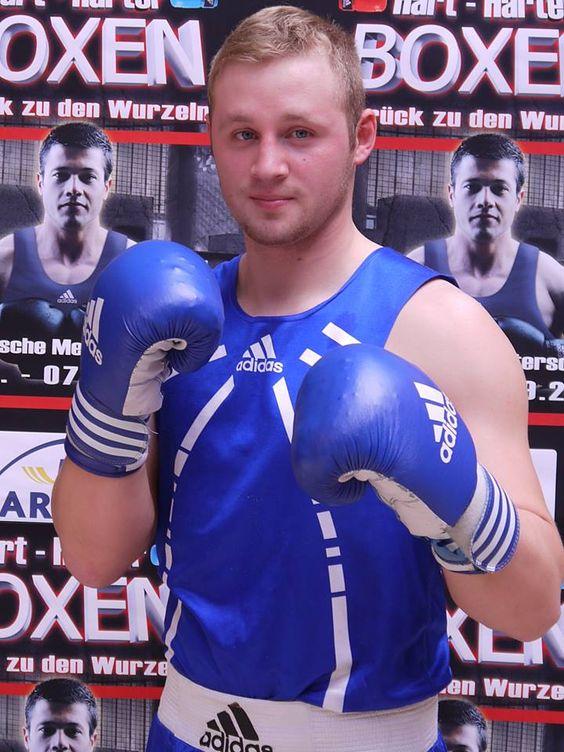 """Artur Manschos: """"Ich boxe seit 10 Jahren und möchte zu den Olympischen Spielen nach Rio!"""""""