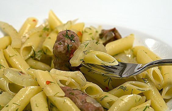 Herzhaft und doch leicht: Penne con finocchio e salsiccia - Penne mit Fenchel und Salsiccia