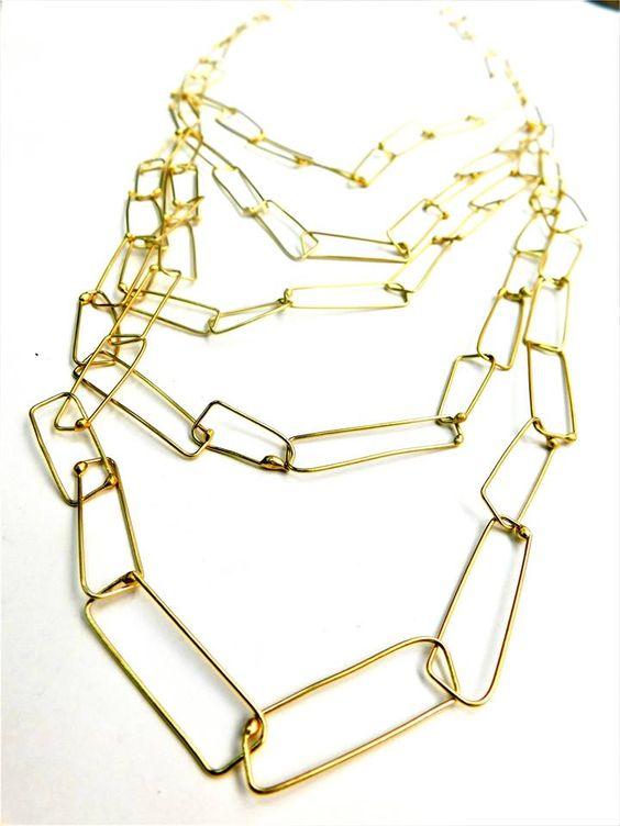 Dora Haralambaki - CRAFTIT chains serie