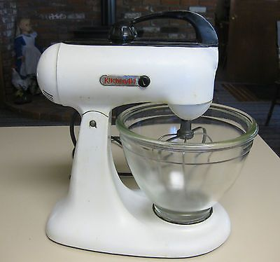 Kitchen aid hobart mixer model 3b vintage 1940 39 s cool for Kitchen designs hobart