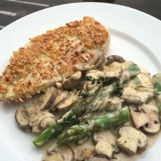 it is, my cashew coated chicken with creamy mushroom and asparagus ...