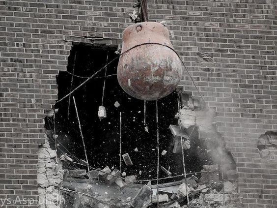 The Rise and Fall of the Wrecking Ball | Smart News | Smithsonian Magazine