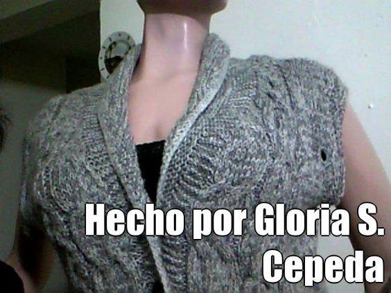 Hecho por Gloria S. Cepeda (courtesy of @Pinstamatic http://pinstamatic.com).  Aquí el mismo saco sin las mangas.