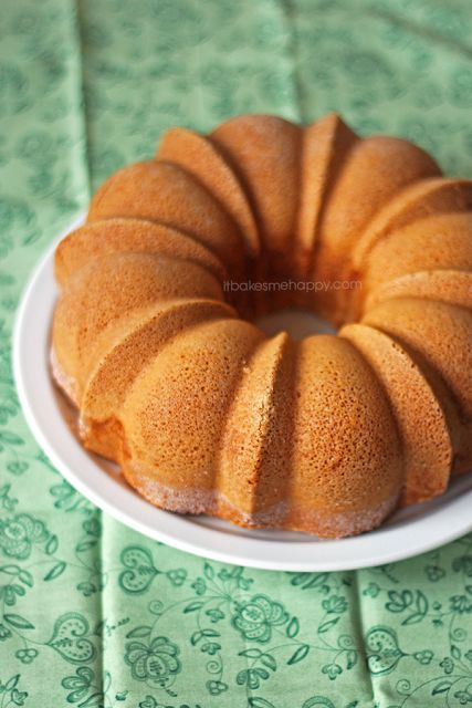 Asoft, fluffy pound cake with just a hint of lemon | It Bakes Me Happy