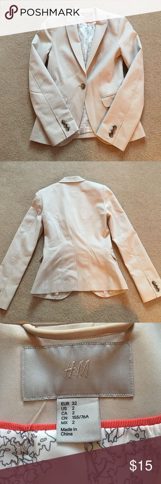 H&M kaki blazer One button to close, fitted H&M Jackets & Coats Blazers