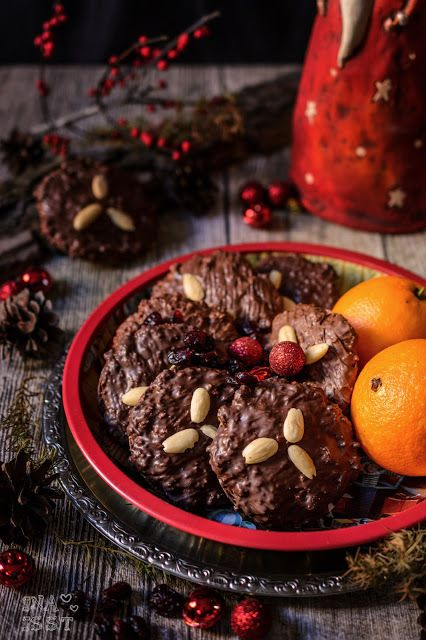 Elisenlebkuchen mit Cranberries / German Gingerbread with cranberries