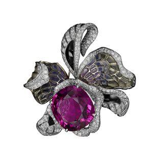 L'Odyssée de Cartier Parcours d'un Style Orchid Brooch featuring a 46.12-carat purple tourmaline.