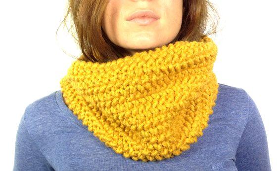 Cuello de lana tejido en telar telar circular y - Puntos para tejer lana ...