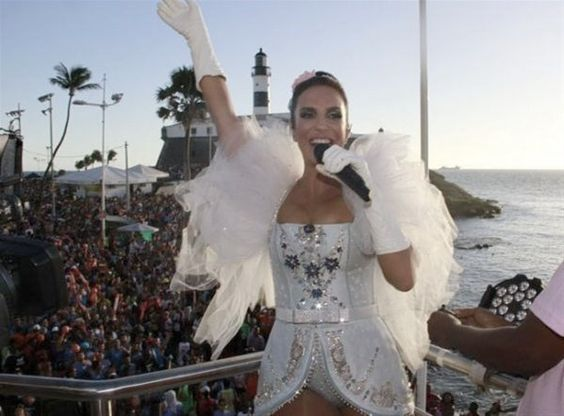 Ivete Sangalo - Carnaval em Salvador-Bahia 2013 -Brasil