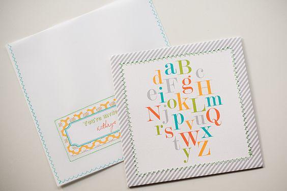 Free printable baby shower invitation featured via LivingLocurto.com