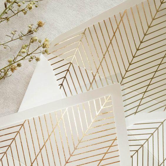 Geometric, modern envelope liners in gold foil 😍