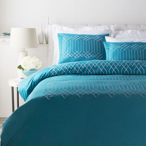 www.interiordesig... Surya Bedding