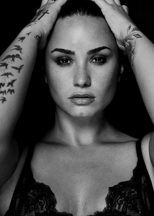 Pin By Josi Hopkins On Demi Lovato Demi Lovato Albums Demi Lovato Lovato