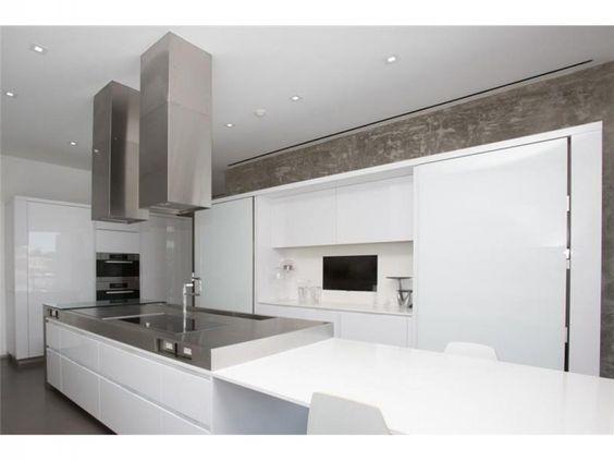 Immobilier à vendre à Miami Beach. Achat Maison 703m² à Miami Beach, États-Unis - la diffusion gratuite d'annonces immobilières à l'international.