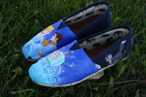 Disney Toms - Cinderella. Need these!!