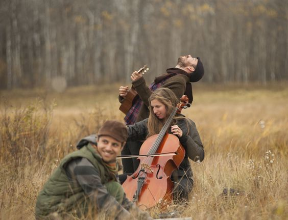 Field playing musicians