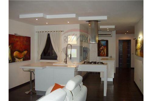 Penthouse - For Sale - St Julian's, Sliema and St Julians Surroundings