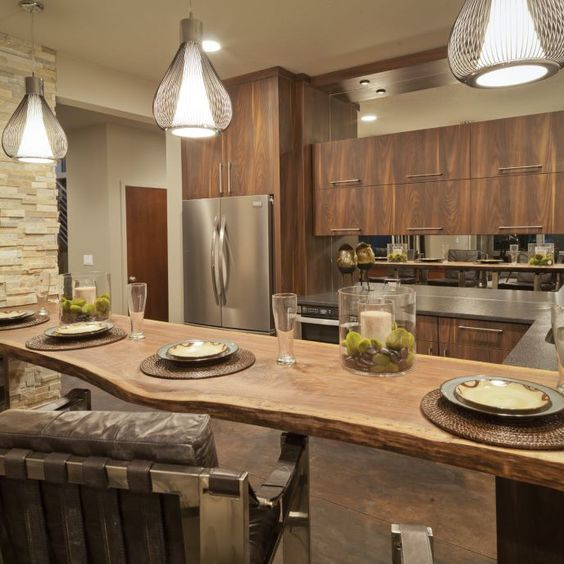 Rustic and contemporary styles seem so at odds with one another, how can they possibly be combined? See how blending these two works.
