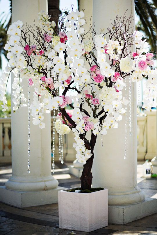 Angeline and Michael's stunning decor for their special day at The St. Regis Monarch Beach
