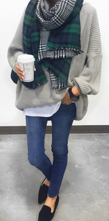winter outfit, gray sweater, green plaid scarf