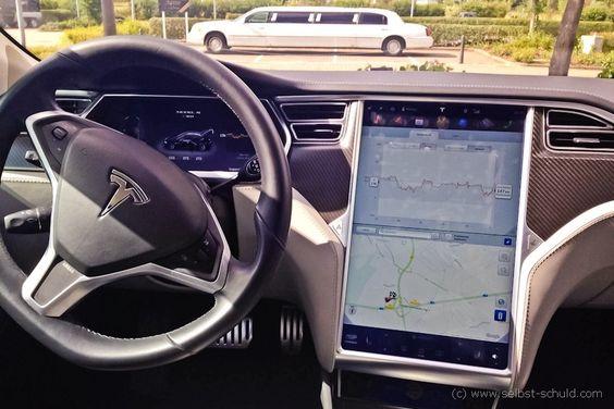 Tesla mieten – meine Erfahrungen mit dem Model S | Der vierte Teil der Zurück in die Zukunft Saga, sollte unbedingt Elon Musks* Handschrift tragen. Doc Brown und Marty McFly reisen mit einem Tesla nicht nur schneller durch die Zeit, sie hätten auch die 1,21 Gigawatt im Batteriegepäck. Fast. Am letzten Wochenende habe ich mir einen Tesla Model S gemietet und bin mit meinen Freunden durch das Land und die Zeit gereist. Was passiert, wenn fünf Leute vom Dorf sich dieses moderne Elektroauto…