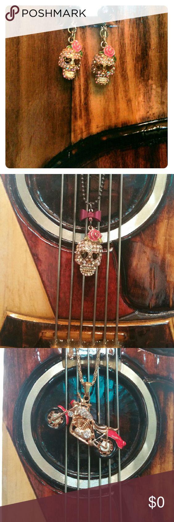 NWOT Betsey Johnson Sugar Skull earrings Super cute, sparkle skull with pink rose. Betsey Johnson Jewelry Earrings