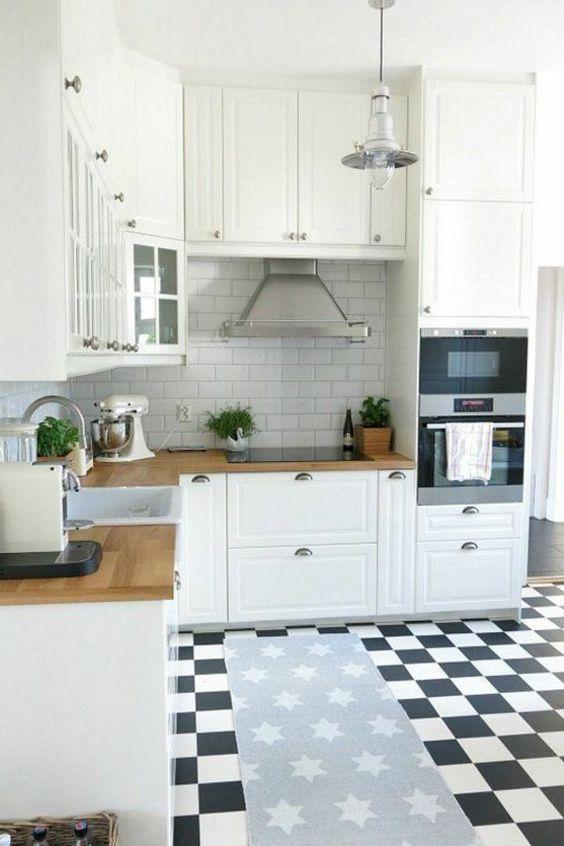 Küche weiß Hochglanz, #Glasrückwand und Stein #Arbeitsplatte L+S - küche u form mit insel