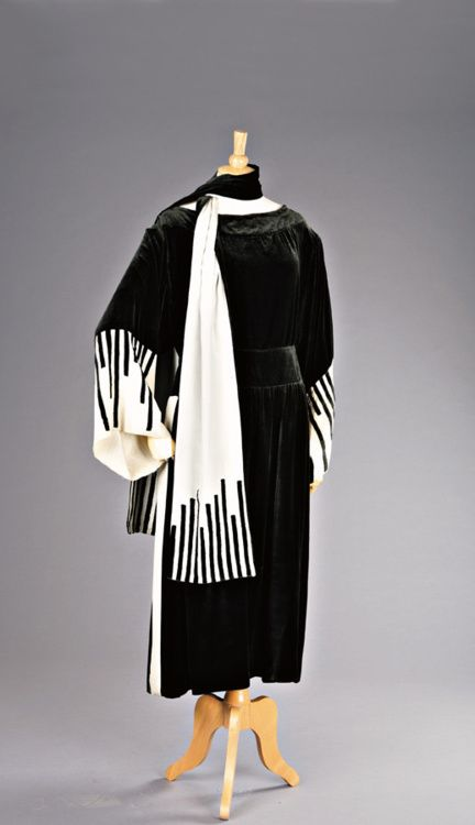 Piano Dress    Lucile, 1919
