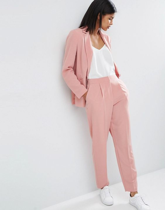 ASOS light pink suit, perfect for boyish but still feminine outfit !