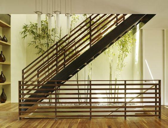 haus japan stil bambus pflanzen deko holz treppe kies boden | home ... - Haus Japan