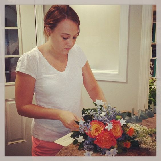 Paige making her FIRST BOUQUET (EVER!) for #thelonelybouquet