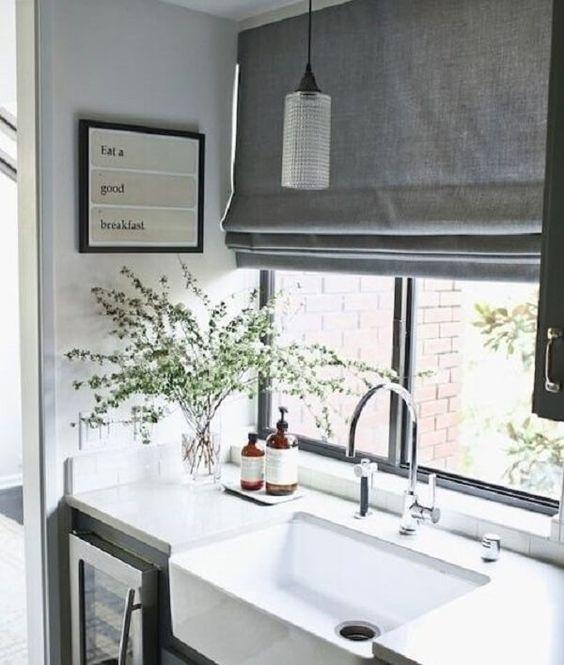 Cortina para cozinha cinza #cortinasmodernas #cortinaparacozinha #cortinas