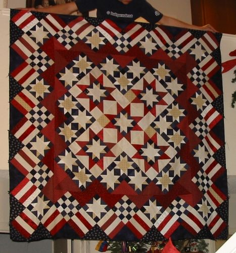 """Stars 'n' Stripes Forever""  Description of the types of blocks in the quilt.:"