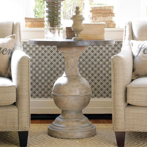 Hooker Furniture Round Accent Table