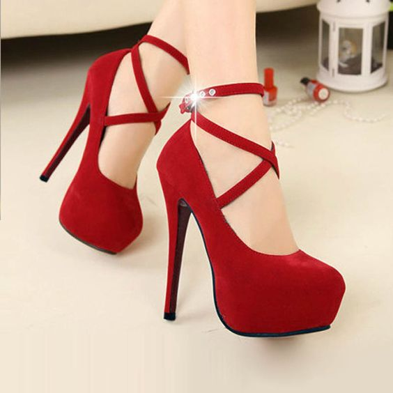 Cute Red Heels - Qu Heel