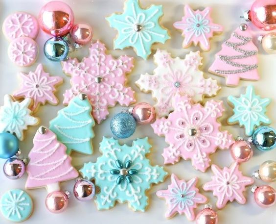 Christmas Cookies - pretty frosting colors.