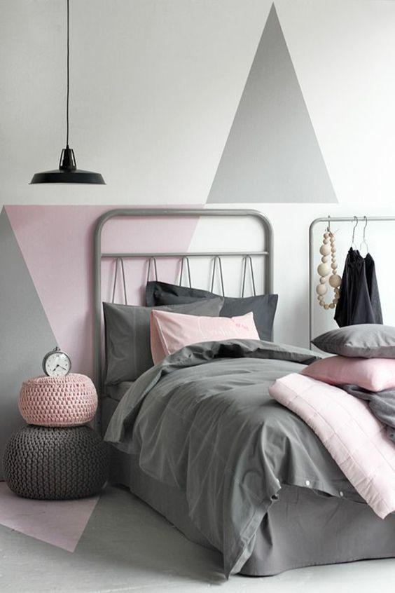 Chambre coucher mur gris blanc et rose decoration for Design interieur chambre a coucher