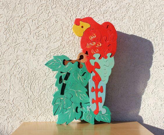 puzzle en bois  perroquet sur une branche décoratif et ludique
