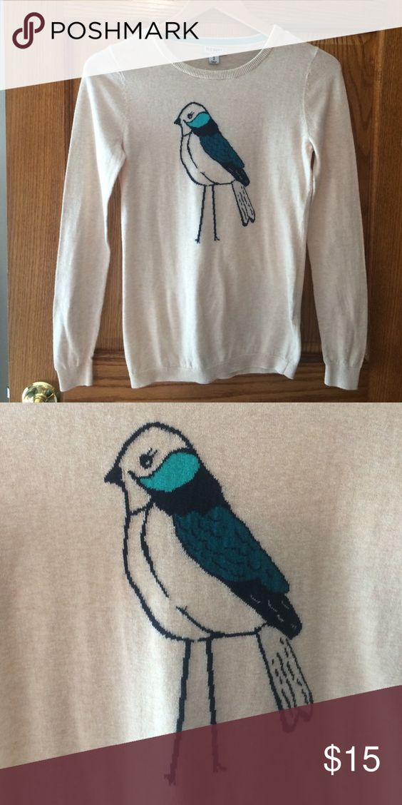 Bird Sweater Light weight and never worn! Would look great with a chambray button up underneath. Measures approx 16 inches armpit to armpit and 23 top to bottom. Old Navy Sweaters Crew & Scoop Necks
