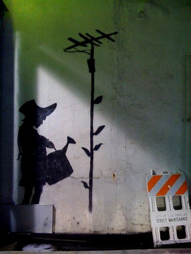 Banksy, Watering Can Girl, Los Angeles - unurth | street art