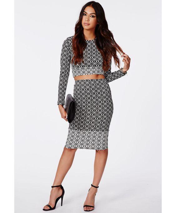 Halley Geo Contrast Print Midi Skirt Black - Midi Skirts - Missguided