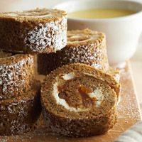 Gingerbread Roulade with Dulce de Leche Cream Filling   DroOL......