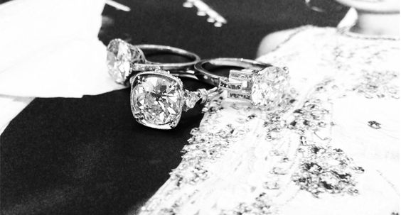SN Queen's Jewlery