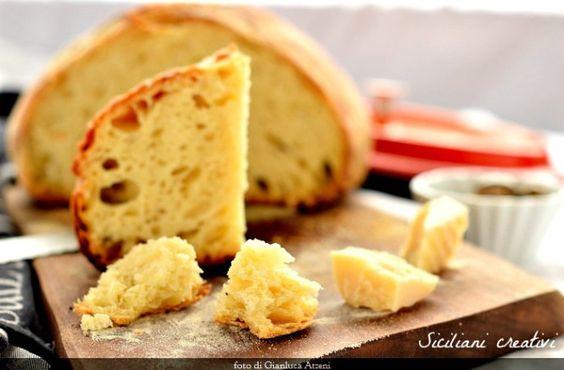 Pane di semola, cotto in pentola   SICILIANI CREATIVI IN CUCINA   di Ada Parisi