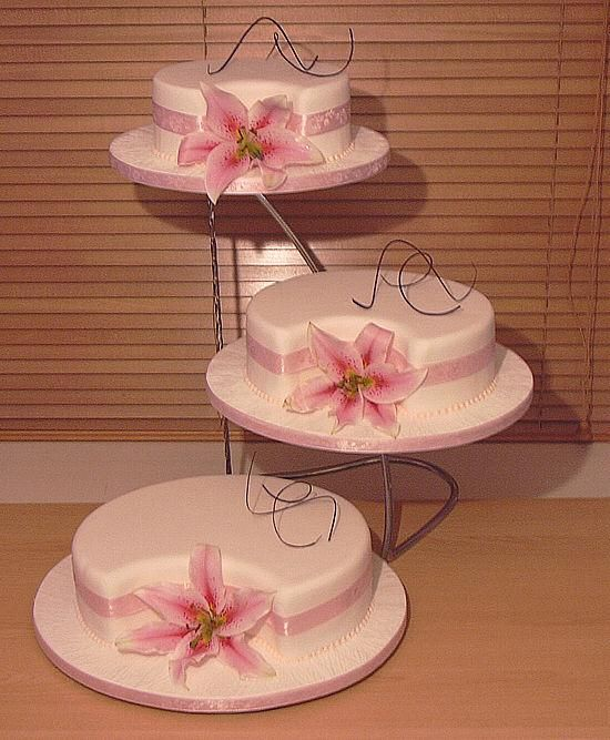 اجمل مجموعة تورتات 2020 تحميل تورتة عيد ميلاد Tiered Cakes Tiered Cake Stand Cake